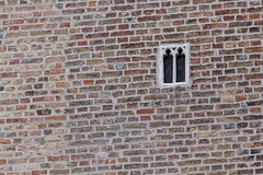 Smallest Window, Brugge (itmpa) Tags: bruges westflanders belgium be unesco worldheritagesite smallestwindow window small gruuthusemuseum brugge flanders tomparnell archhist canon 6d canon6d