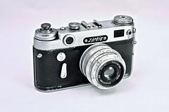 Zorki 6 (•Nicolas•) Tags: zorki russe camera russian studio strobe nicolasthomas antique film flash