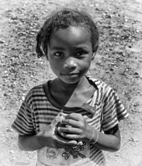 Children of Madagascar / Дети Мадагаскара (dmilokt) Tags: портрет portrait ребенок child dmilokt чб bw черный белый black white