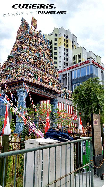 新加坡∥閒逛小印度區神秘又莊嚴印度廟維拉瑪卡里亞曼興都廟(Sri Veeramakaliamman Temple)批發慕達發中心(Mustafa Cente)壁畫很好拍哈芝巷(Haji Lane) 4 33569590628 803406b411 o