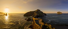 San Juan de Gaztelugatxe (ourkind) Tags: gaztelugatxe euskadi bizkaia bermeo urdaibai landscape sunset panorama canon zeiss basque country