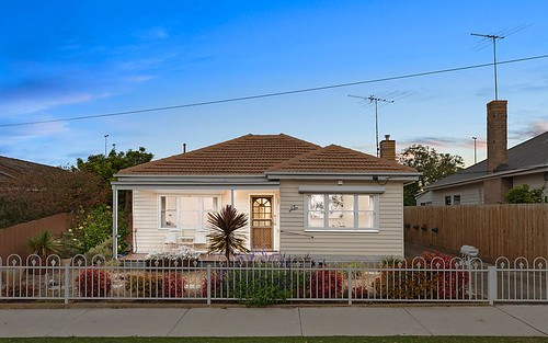 15 Hector St, Geelong West VIC 3218