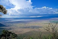 Thunderstorms at Ngorongoro Crater (Herculeus.) Tags: 2018 afternoon clouds conservationareas day dryseason lake lakemagaditanzania landscape landscapes metabonesnfemountt ngorongoroconservationareatanzania nikkorafsvr2485mmf28 oct sonya7rii stormclouds unescoworldheritagesite water weather 5photosaday