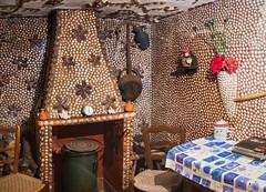 Spain - Cordoba - Montoro - House of shells (Marcial Bernabeu) Tags: marcial bernabeu bernabéu europe europa south sur spain españa andalusia andalucia andalucía cordoba córdoba montoro house shells kitchen cocina casa conchas