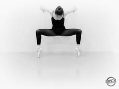 Dance (davcsl) Tags: art blackwhite bw biancoenero blackandwhitephotosonly davcsl danse dance danseuse fille monochrome monotones model noiretblanc noiretblancblackwhite nb nimes nature nîmes people classique pointes