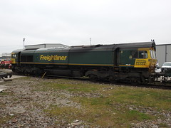 66604 (S.G.J) Tags: freightliner midlandroad leeds class66 66604