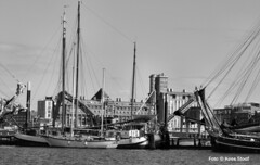 Houthavens, 18-4-2015 (k.stoof1) Tags: houthavens amsterdam haven harbor