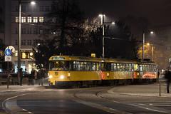 Tatra T4D-MT 224 267 (rengawfalo) Tags: nacht night langzeitbelichtung longtimeexposure tram tramway dresden tatra t4d sachsen saxony strasenbahn train railroad bahn dvbag tranvia tramvaj ckd elektricka öpnv tramwaj sporvogn road car city urbanrail publictransport windshield sky tree building