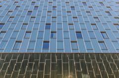 Blue cold (Santini1972) Tags: architecture blue nikon barcelona reflex street