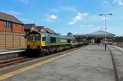 66568 (Andy Hughes Rail Pics.) Tags: 66569 6y33 bridlington 24032019