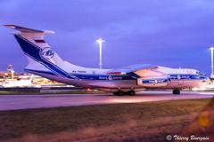 [ORY] Volga-Dnepr Airlines Ilyushin Il76 _ RA-76952 (thibou1) Tags: thierrybourgain ory lfpo orly spotting aircraft airplane nikon d810 tamron sigma volgadneprairlines ilyushinil76 ra76952 taxiing santamaria sma lpla forly aircaraibes engine engineaircraft