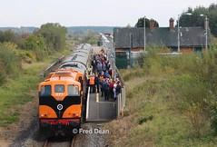 Irish Rail 071 at Attymon. (Fred Dean Jnr) Tags: westernexplorerrailtour irishrail 071 attymon attymonstationgalway october2016 071class iarnrodeireann generalmotors electromotivedivision galway midlandgreatwesternrailway mgwr locomotive cie corasiompaireireann