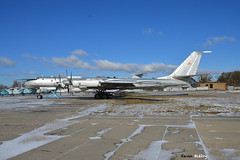 Tupolev Tu-142 (Kevin Biétry) Tags: tupolev tu142 tupolevtu142 propeller turboprop bomber stateaviationmuseum aviamuseum sex sexy d3200 d32 d32d nikond3200 nikon kevinbiétry kevin keke kequet kequetbiétry kequetbibi fribspotters spotterbietry ukraine ukraïna