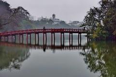 Hanoi - temple Montagne de Jade 4 (luco*) Tags: vietnam hanoi lac lake hoan kiem temple montagne de jade mountain pont bridge flickraward flickraward5