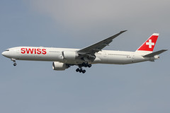 Swiss HB-JNI  Boeing 777-300 (maidensphotography) Tags: planespotter airport airways airlines airline aircraft aviation thailand bangkok suvarnabhumi planespotting canon camera dslr flicker flickr landings travel airliners 7d photography