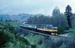 Meanwhile a handy lay-by nr Pitlochry afforded a bit of a chase from further north on the HML.....47491 (D1760) The Enterprising Scot Inverness-Glasgow  nr Pitlochry 28-04-1989 (the.chair) Tags: 47491 d1760 the enterprising scot invernessglasgow pitlochry 28041989