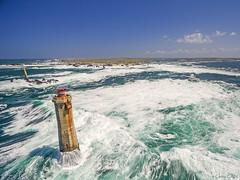 Lendemain de tempête à la pointe de Pern (cedric.cain29) Tags: cedriccaïn ouessant îledouessant iroise bretagne finistère phare lighthouse pharedenividic nividic lumièresdouessant rochers paysages bzh tempête pointedepern drone aerialphotography