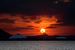 ドームと夕日ーSunset over the dome (kurumaebi) Tags: yamaguchi 阿知須 山口市 nikon d750 夜 night 夕日 sunset cloud 雲 きららドーム