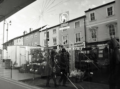 Cracked Town (Bury Gardener) Tags: suffolk streetphotography street snaps streetcandids strangers people peoplewatching candid candids burystedmunds britain 2018 england eastanglia bw blackandwhite monochrome mono buttermarket