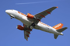 G-EZAW Airbus A319-111 easyJet (lee_klass) Tags: gezaw airbus airbusa319 airbusa319111 easyjeta319 easyjetairbusa319 easyjetairbus ezy u2 ezy82xf ezy7371 u27371 a319 aeroplane aviation aviationphotography aviationspotter aviationenthusiast aviationawards aircraft aircraftphotography aircraftspotting jetaircraft airplane jetairliner jetairplane jetliner jet canonaviation canon canoneos750d canonef75300mmf456 londonsouthendairport sen egmc southendairport southend england unitedkingdom essexairport essex plane planespotting airliner genevaairport gva lsgg geneva switzerland genevainternationalairport travel airtravel transport airtransport twinenginedjet vehicle