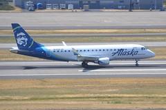N629QX (LAXSPOTTER97) Tags: horizon air alaska airlines embraer emb175lr n629qx cn 17000683 aviation airport airplane kpdx