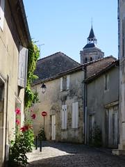 Au fil des rues, Cognac (16) (Yvette G.) Tags: cognac 16 charente poitoucharentes nouvelleaquitaine
