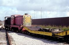 VSEL (BAE Systems) Barrow in Furness Shipyard April 1990 (askamfr) Tags: hudswell clark bae vsel 040dm diesel shunter barrow furness industrial