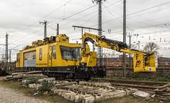02_2019_02_06_04_Wanne-Eickel_Hbf_DB_Bahnbau_Gruppe_97_99_10_102_17-2_Oberleitungs-Montagefahrzeug_OMF_1 (ruhrpott.sprinter) Tags: ruhrpott sprinter deutschland germany allmangne nrw ruhrgebiet gelsenkirchen lokomotive locomotives eisenbahn railroad rail zug train reisezug passenger güter cargo freight fret herne wanne eickel wanneeickel hbf db bahnbau gruppe oberleitung montagefahrzeug omf1 1232 ludmilla stückguthalle outdoor logo natur
