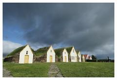 Islande_2018_25 (erick-c) Tags: islande fujiflim xt3 1655mm jaune nuage soleil maison
