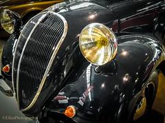 Oldtimer (Fay2603) Tags: oldtimer retro messe classic black schwarz scheinwerfer motorhaube lampen lamps