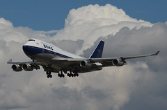 British Airways BOAC Retro Livery 747-436 (G-BYGC) LAX Approach 1 (hsckcwong) Tags: britishairways britishairwaysboacretrolivery boacretrolivery gbygc lax klax 747436 747400 744