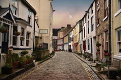 Staithes cobbled street (Glenn Birks) Tags: staithes north yorkshire