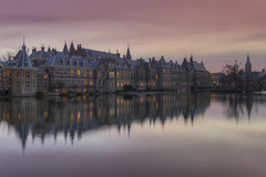 Dutch Houses of Parliament (Binnenhof) The Hague, The Netherlands (Rob Kints (Robk1964)) Tags: denhaag mauritshuis binnenhof buildings government hetplein hofvijver innercourt nederland night pond reflections thehague thenetherlands
