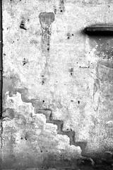 Once upon a time ... (jaume zamorano) Tags: blackandwhite blancoynegro blackwhite blackandwhitephotography blackandwhitephoto bw d5500 wall upstairs downstairs lleida monochrome monocromo muro nikon noiretblanc nikonistas pov street streetphotography streetphoto streetphotoblackandwhite streetphotograph urban urbana