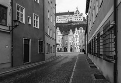 Cold winter days (Castle Trausnitz) (Andreas Mezger - Photography) Tags: street monocrome black white winter days