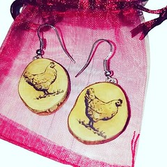 Chicken earrings #handmadejewelry #retrosheep #cats #gifts #personalised #necklace #earrings #keyring #knitwear #fashion #socks #hats Available on #Amazonhandmade #amazon #ebay #etsy #FolloMe #share #blog #join #subscribe #followforfollowback #pagan #celt (RetrosheepCharms) Tags: chicken earrings handmadejewelry retrosheep cats gifts personalised necklace keyring knitwear fashion socks hats available amazonhandmade amazon ebay etsy follome share blog join subscribe followforfollowback pagan celtic viking wicca retrosheepcom