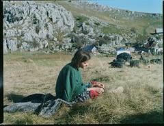 2mashi backstage (Nino Vasilkovskaya) Tags: yandex backstage film 6x4 120mm romani roma gypsy bronica bih bosnia green blue sky mountains red romale rock fuji pro400h girl