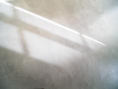 LightFall.jpg (Klaus Ressmann) Tags: klaus ressmann omd em1 abstract fparis france floor iaowa75mm winter design flcstrart gallery minimal shadows softtones streetart klausressmann omdem1