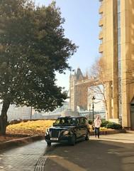 Winter Sun (Jeremy Hurt) Tags: taxi blackcab nlackcab london towerbridge