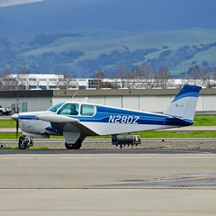Beech 35-33 N28DZ taxiing at Livermore Airport California 2019. (planepics43) Tags: n28dz 3533 livermore airport livermoreairport lvk airshow claytoneddy 17crossfeed aviation cd140