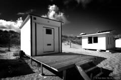 Beach Houses-BPX2677bw (Rob Blok / BLOK PHOTO) Tags: beachhouses coast nikon dx 1224mm blackwhite blokphoto robblokphotography robblokfotografie