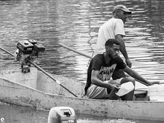 Pescadores na Lagoa - Rio de Janeiro (Michell Fotografia) Tags: portrait street bw monochrome pb people bnw pretoebranco blackwhite blackandwhite brazil brasil riodejaneiro netb noiretblanc nb humain human homme bn blancoynegro fisherman lake lagoa natureza pescador pescadores