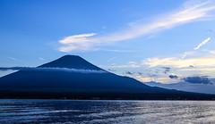 山中湖 Lake Yamanaka (T.Muratani) Tags: 山梨県 夏 富士山