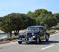 CITROEN Traction Avant (SASSAchris) Tags: citroen traction avant 2 tours castellet circuit ricard voiture française