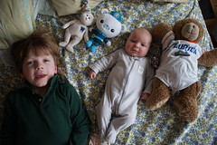 (patrickjoust) Tags: sony a7 nikkor 35mm f2 ai manual focus lens digital patrick joust patrickjoust baltimore maryland md usa us united states north america estados unidos home domestic geneva llewelyn boy girl baby kid child bed stuffed animals smile frown brother sister
