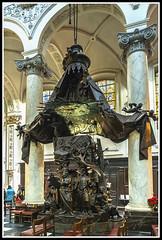 Paseando Por Bélgica (edomingo) Tags: edomingo olympusomdem5 mzuiko1240 bruselas notredamedufinisterre bélgica arquitectura iglesias paisesbajos