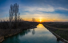 "Canal de castilla al atardecer (dnieper) Tags: ""canal de castilla atardecer sunset palencia spain españa panorámica"