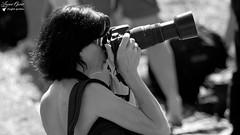 Nathalie (Laurent Quérité) Tags: canonfrance canoneos7d canonef100400mmf4556lisusm noirblanc blackwhite femme woman portrait photographe spotter meetingaérien airshow air14 payerne suisse