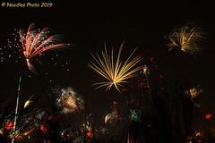 Feuerwerk - Firework (Noodles Photo) Tags: happynewyear 2019 feuerwerk firework canoneos7d ef24105mmf4lisusm longexposure langzeitbelichtung düsseldorf nrw germany deutschland northrhinewestphalia nordrheinwestfalen