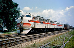 CB&Q FT 114A (Chuck Zeiler 48Q) Tags: cbq ft 114a burlington railroad emd locomotive sandwich train alchione chz